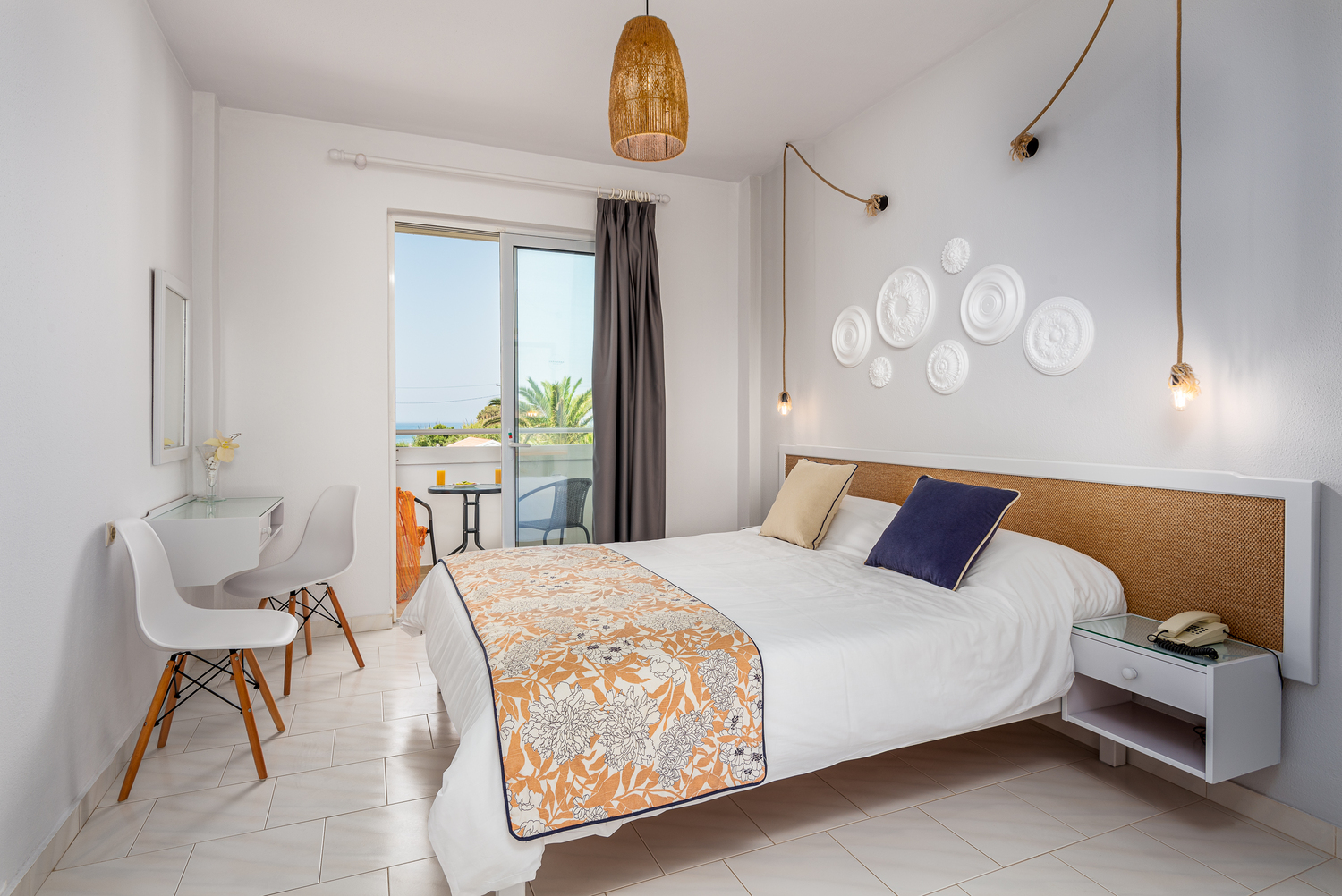 Classic Double Room With Side Sea View