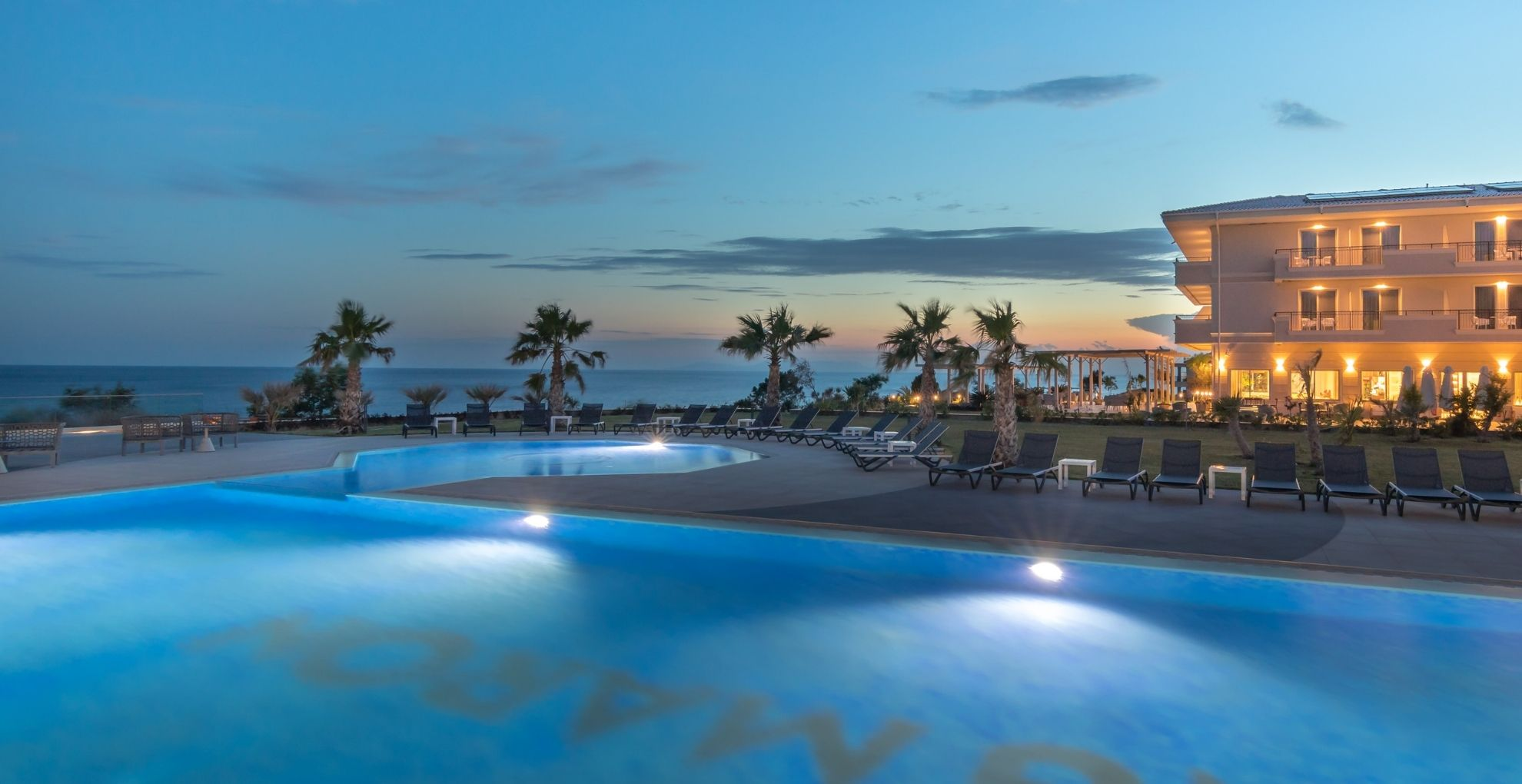KING MARON BEACH HOTEL & SPA